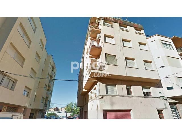Piso en venta en calle Barcelona, Tortosa por 51.000 €