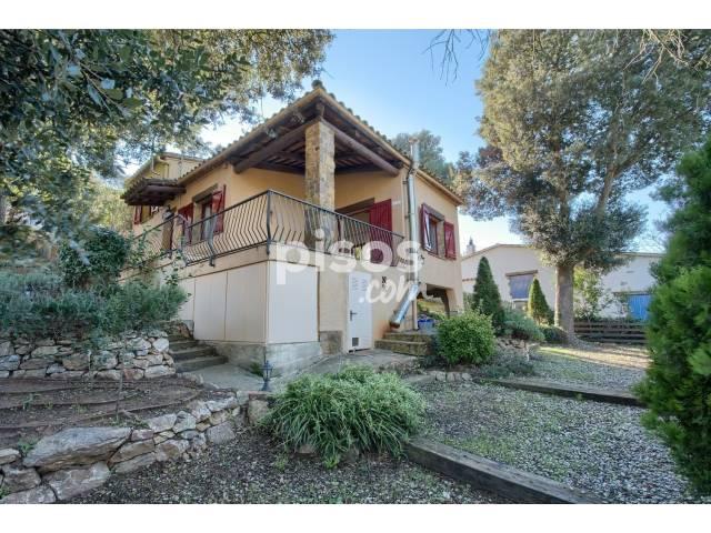 Casa en venta en calle de Joanot Martorell, nº 6, Begur por 260.000 €