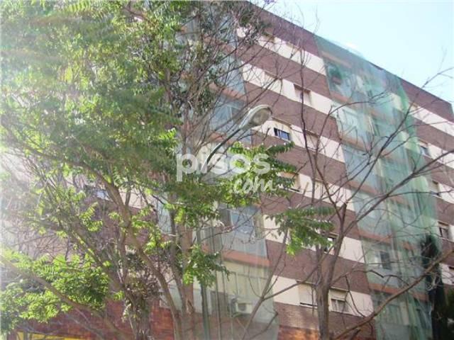Piso en alquiler en avenida juan de andres n 15 en for Alquiler pisos valdezarza