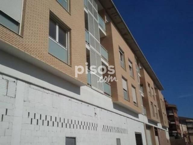 Piso en venta en calle Catalunya, nº 182-184, Alcarràs por 83.700 €