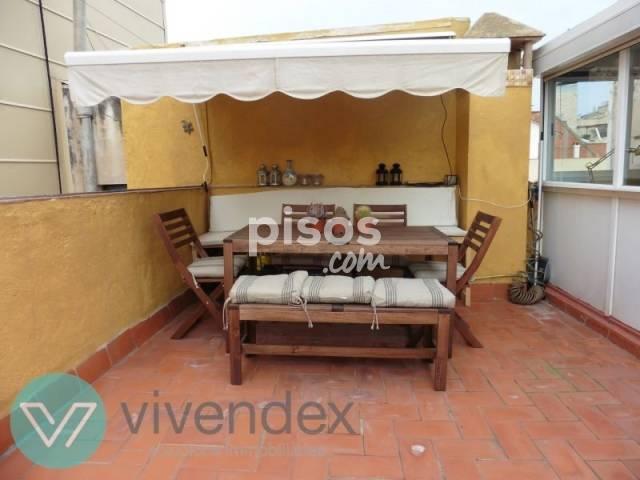 Ático en alquiler en Sant Gervasi - Galvany, Sant Gervasi-Galvany (Distrito Sarrià-Sant Gervasi. Barcelona Capital) por 1.250 € /mes