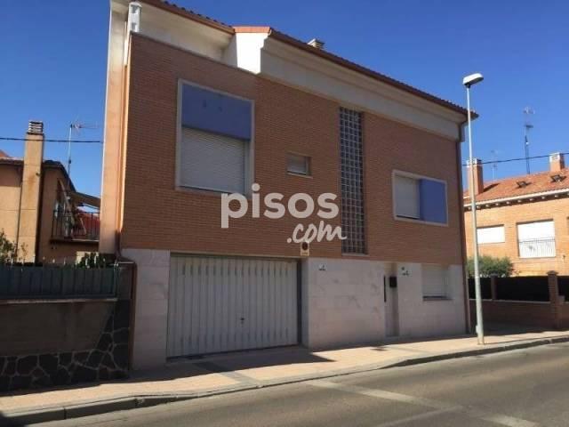 Chalet en venta en la flecha en arroyo de la encomienda for Pisos en la flecha