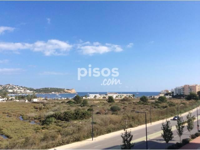 Piso en venta en Avenida 8 de Agosto, Marina Botafoch-Platja de Talamanca (Ibiza - Eivissa) por 380.000 €