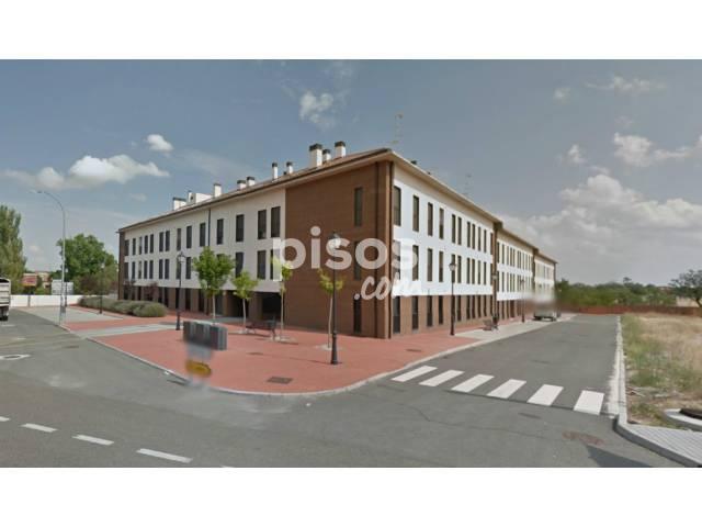 Piso en venta en calle Tello, Olmedo por 80.000 €