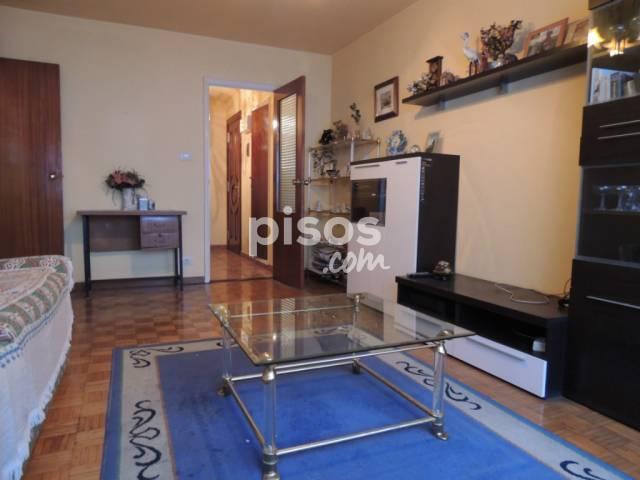 Piso en venta en calle Conde de Torrecedeira, Casco Vello (Distrito Casco Urbano. Vigo) por 110.000 €