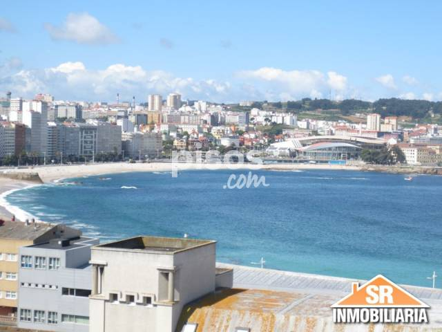 Piso en venta en calle Curros Enriquez, Monte Alto-Adormideras (A Coruña Capital) por 400.000 €