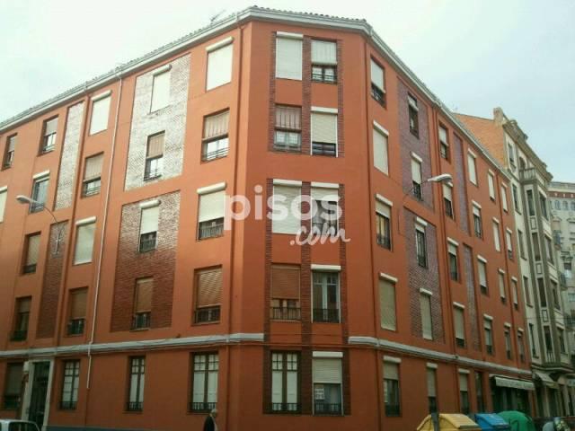 Piso en alquiler en calle sampiro n 2 en centro por 400 for Alquiler pisos por meses