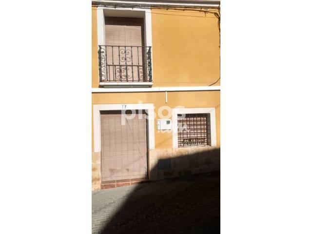 Casa adosada en venta en calle Caños, nº 17, Pliego por 70.000 €