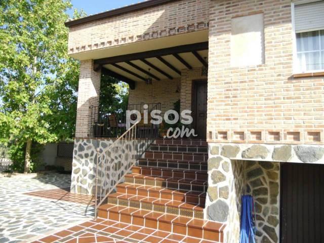 Chalet en venta en calle Velazquez, Cobisa por 394.980 €