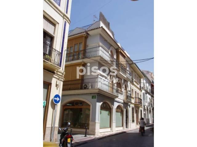 Piso en venta en calle Esquina Martin Belda y Barahona de Soto, nº 35, Cabra por 125.000 €