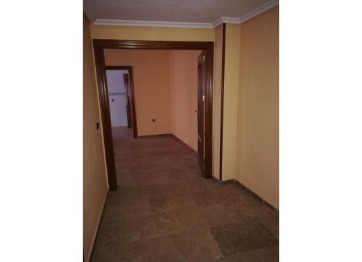 Piso En Alquiler En Linares Centro