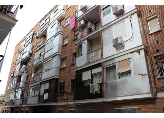 Piso en alquiler en alcal de henares san isidro estaci n - Alquiler de apartamentos en alcala de henares ...
