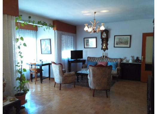 Piso en alquiler en  Guadalajara