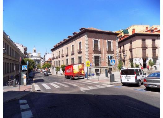 Piso en alquiler en madrid capital palacio for Alquiler oficinas madrid capital