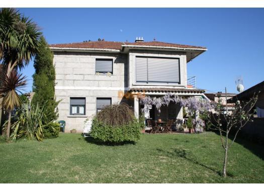 Chalet en alquiler en  Pontevedra