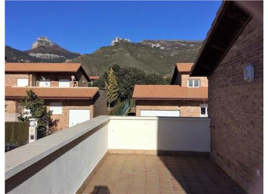 Casa en alquiler en  Huesca