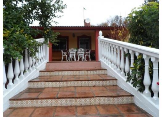 Chalet en alquiler en  Córdoba
