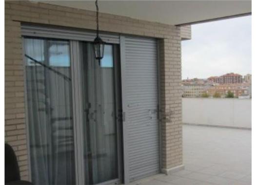 Ático en alquiler en  Albacete