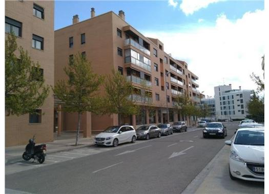 Piso en alquiler en  Huesca