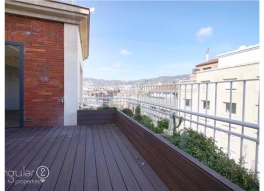 Ático en alquiler en  Barcelona