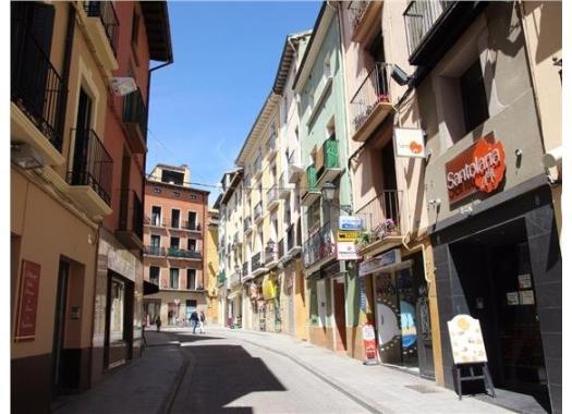 Apartamento en alquiler en  Huesca