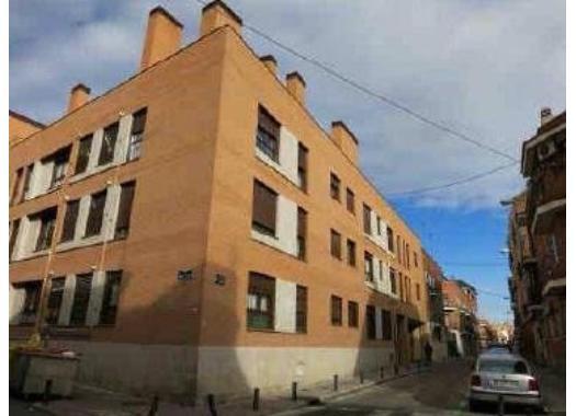 Venta pisos en valdezarza por for Pisos en valdezarza