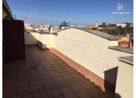 Ático en alquiler en  Badajoz