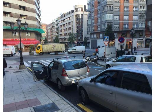 Ático en alquiler en  Oviedo