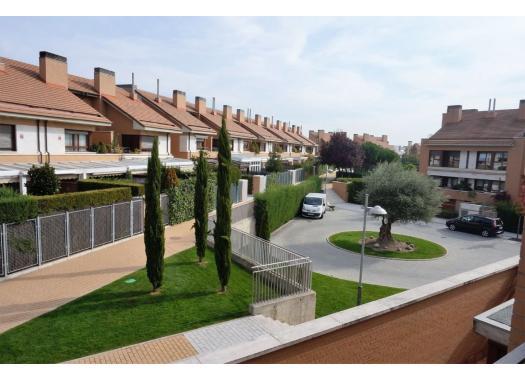 Chalet en alquiler en  Valladolid