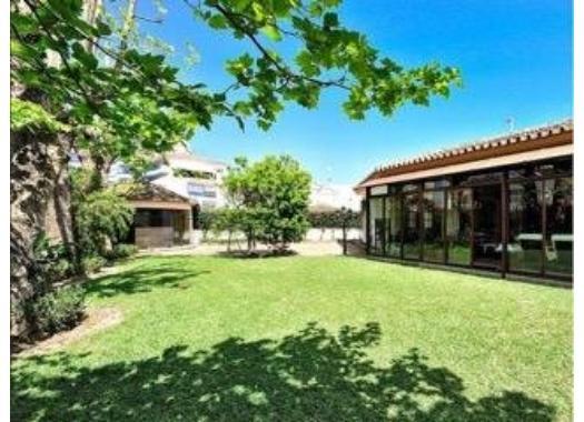 Chalet en alquiler en  Málaga