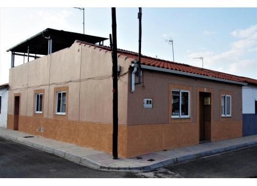 Chalet en alquiler en  Cáceres