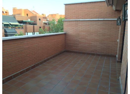 Ático en alquiler en  Madrid