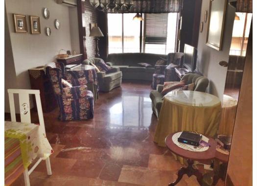 Piso en alquiler en  Granada
