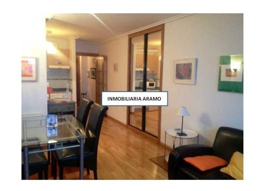 Apartamento en alquiler en  Oviedo