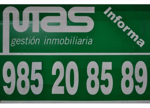 Piso en alquiler en  Oviedo