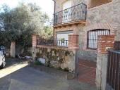 Casa en venta en calle Constitución, nº 30, Casavieja por 153.600 €