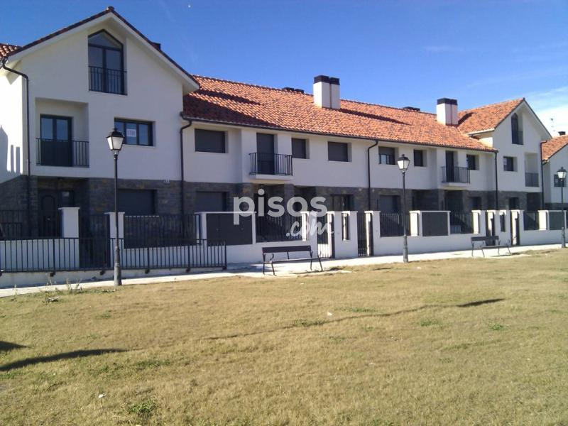 Casa adosada en venta en calle montes pirineos n 17 en - Comprar casa en jaca ...