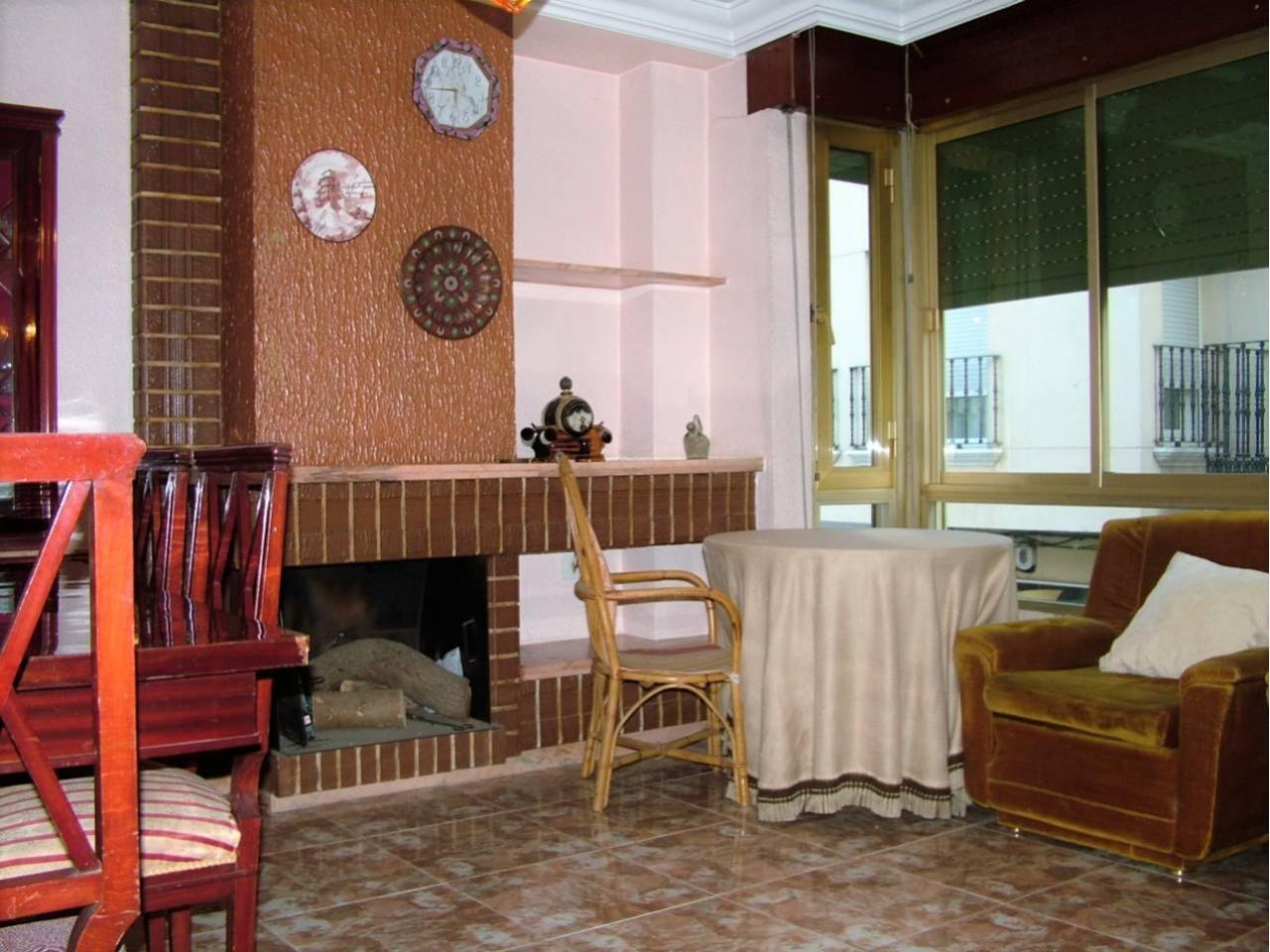 Muebles Bigastro - Inmobiliaria Gessicon Piso En Alquiler En Bigastro Por 350 Mes [mjhdah]http://ritamarproperties.com/media/images/properties/o_1auvetcup6rs1eip101nkkm1luh1s.jpg