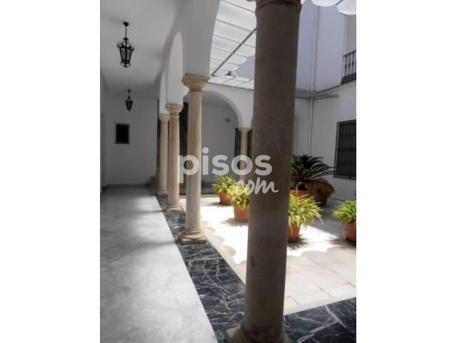 Dúplex en alquiler en Arenal - Museo, Arenal (Distrito Casco Antiguo. Sevilla Capital) por 1.200 €/mes