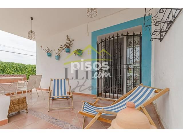 Chalet en venta en Calle Uno, Urbanitzacions-La Concòrdia (Llíria) por 84.000 €