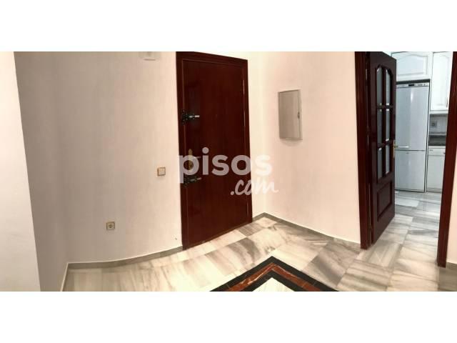 Piso en alquiler en Santa Cruz - Alfalfa, Alfalfa (Distrito Casco Antiguo. Sevilla Capital) por 1.950 €/mes