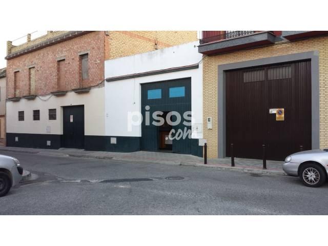 Nave industrial en venta en Centro - Doña Mercedes, Centro-Doña Mercedes (Distrito Dos Hermanas Ciudad. Dos Hermanas) por 110.000 €