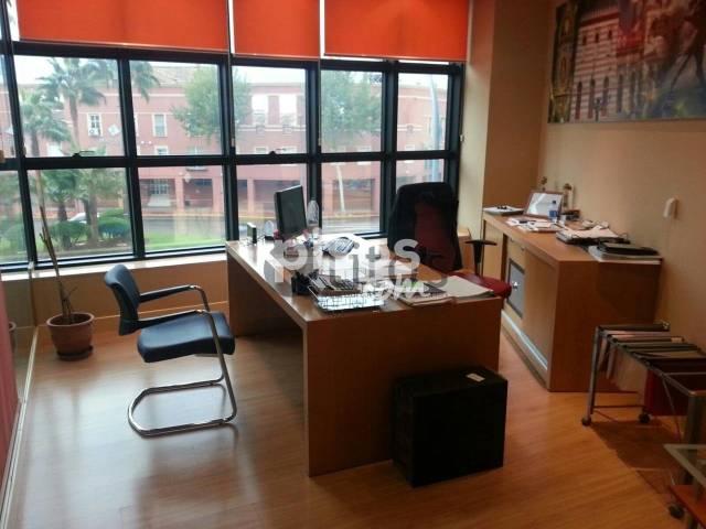 Oficina en alquiler en Avenida de España, Arco Norte-La Alquería (Distrito Dos Hermanas Ciudad. Dos Hermanas) por 600 €/mes