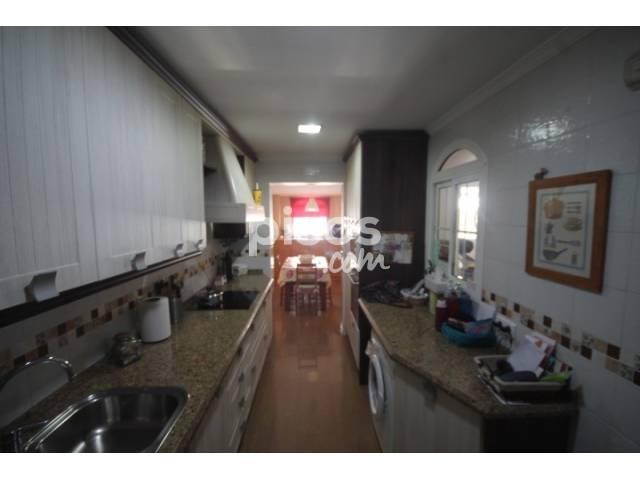 Casa adosada en venta en Ciudad Aljarafe, Ciudad del Aljarafe (Mairena del Aljarafe) por 154.000 €