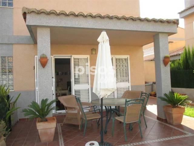 Chalet pareado en venta en Avenida Formentera, El Vedat-Santa Apol·lònia (Torrent) por 225.000 €