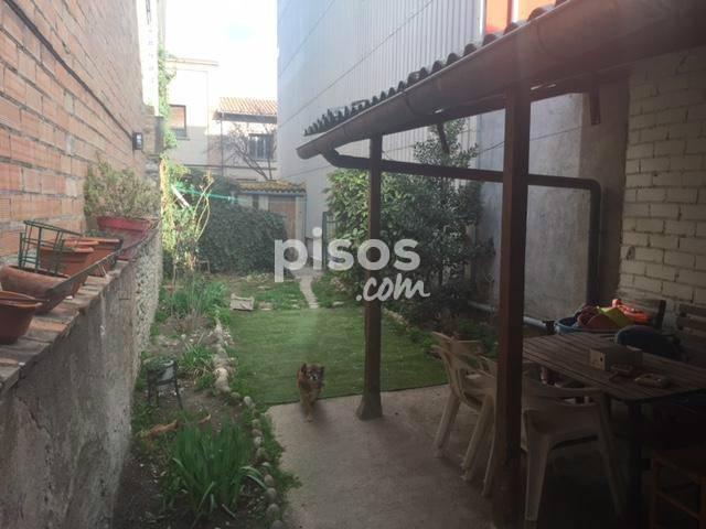 Casa adosada en venta en Calle del Pont, Manlleu por 95.000 €