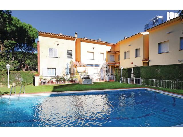 Alquiler de pisos de particulares en la ciudad de platja d 39 aro - Pisos alquiler platja d aro ...