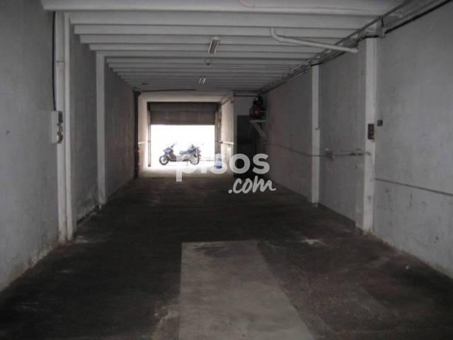Local comercial en alquiler en C/ Pinós, Centre (Granollers) por 550 €/mes