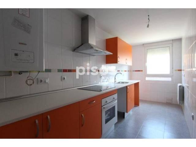 Piso en venta en Las Villas-Covaresa-Parque Alameda-La Rubia, Las Villas-Covaresa-Parque Alameda-La Rubia (Valladolid Capital) por 140.700 €
