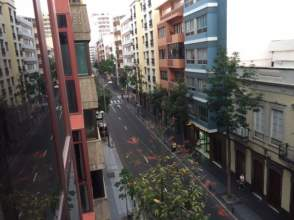 Piso en calle León y Castillo, nº 120